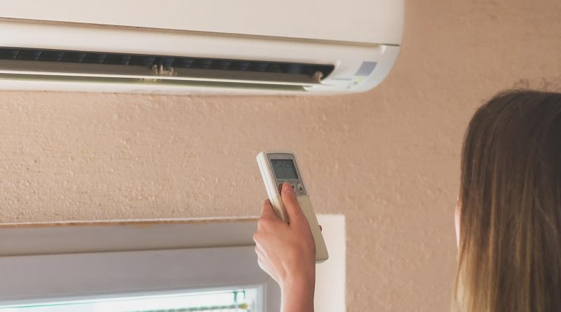 Tips for hiring Toowoomba air conditioning service contractors